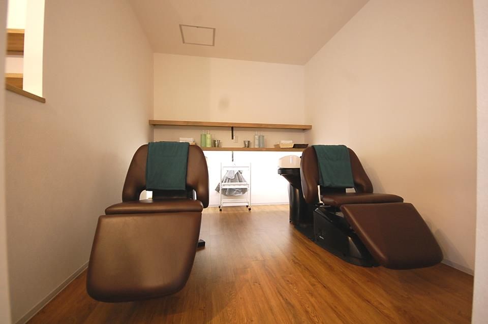 鈴蘭台の癒しの美容室