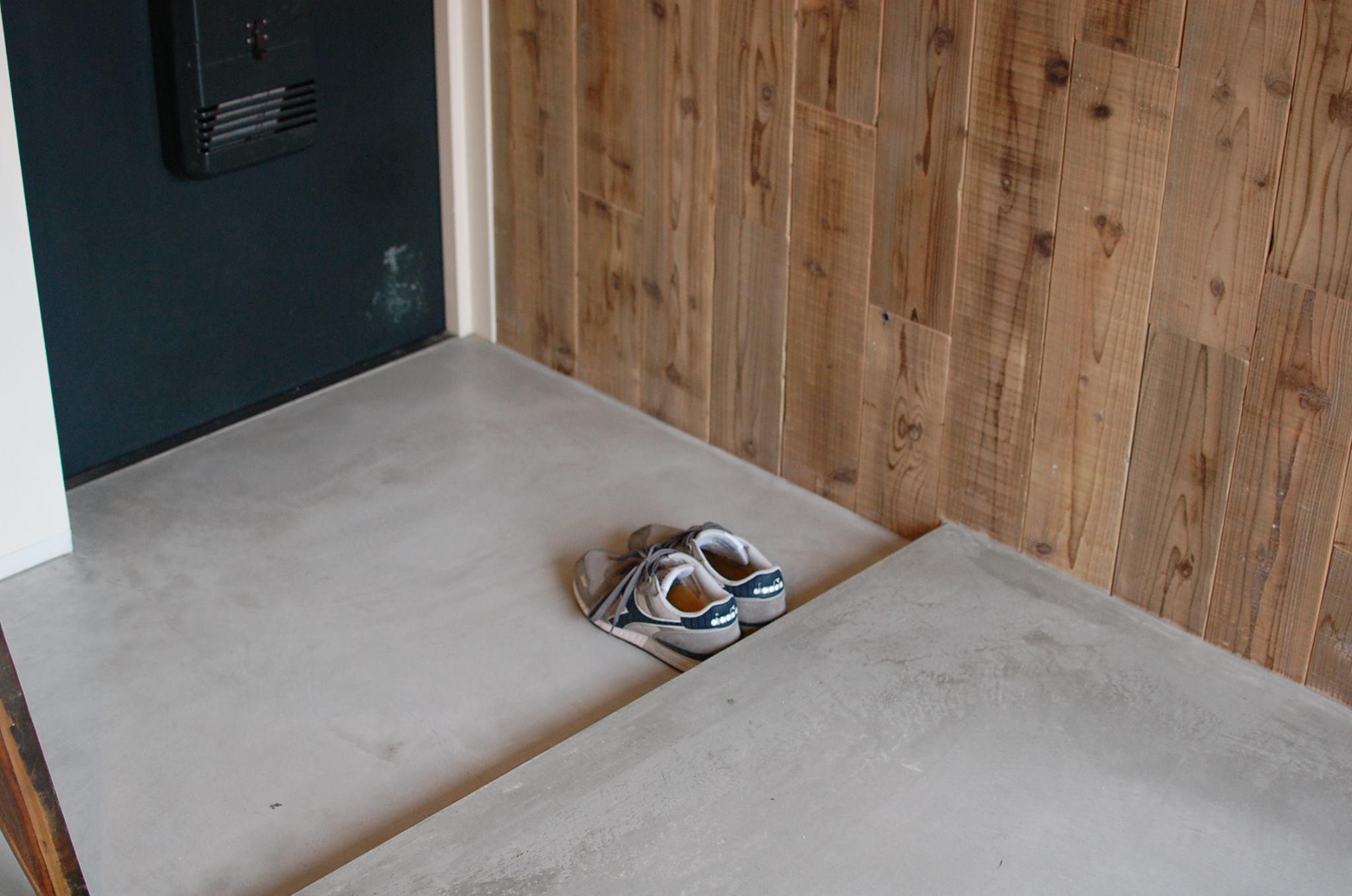 思わず靴を揃えたくなる玄関
