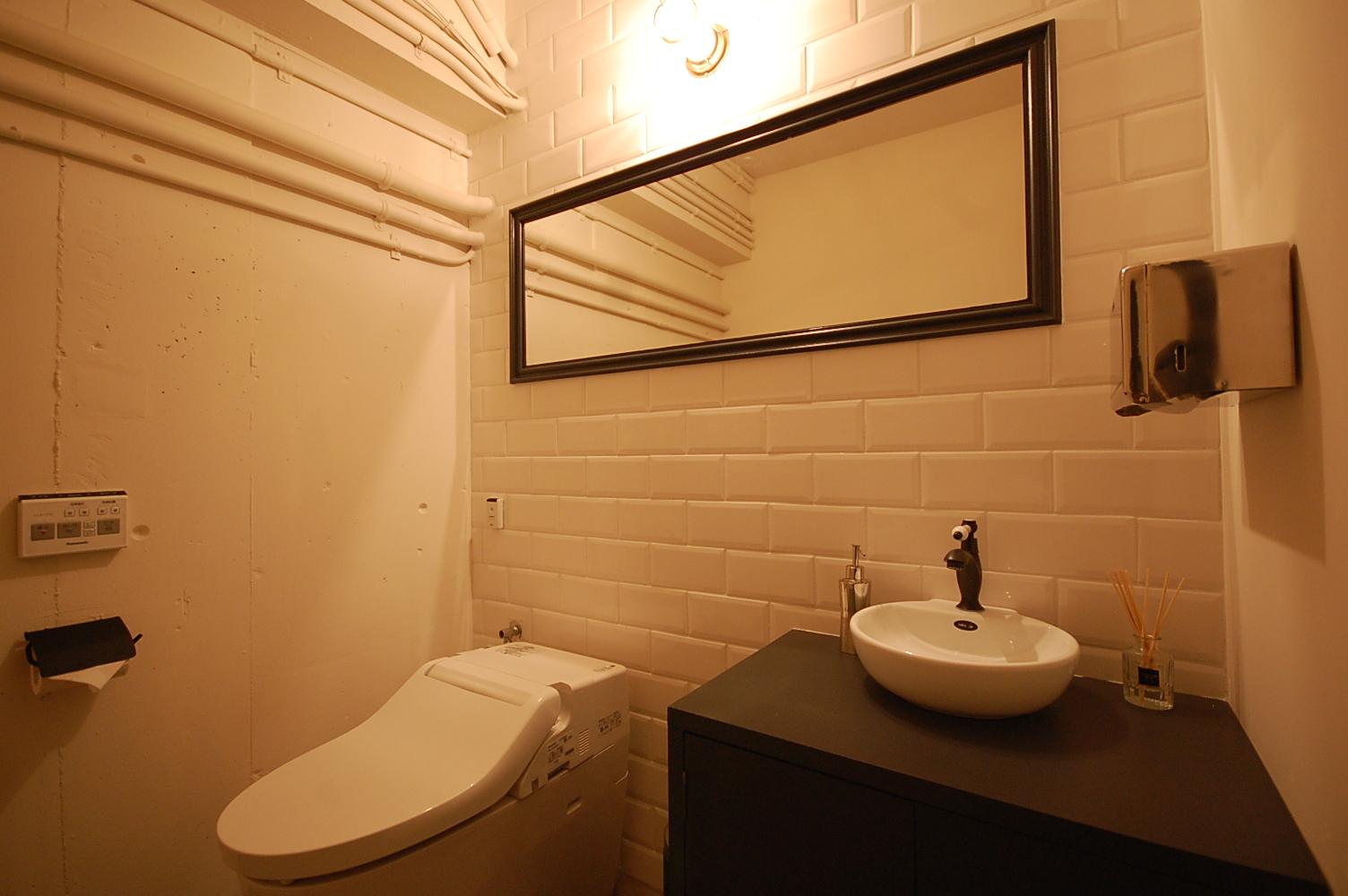 お手洗いも上質な空間